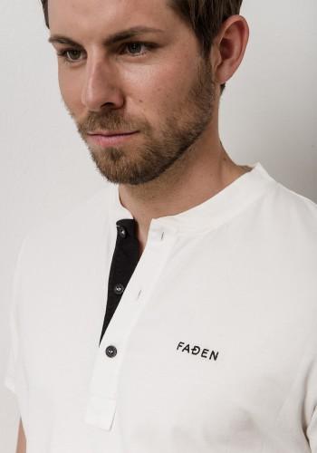 Faden V-Neck T-Shirt
